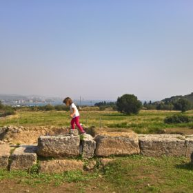 kids Greece isthmia site