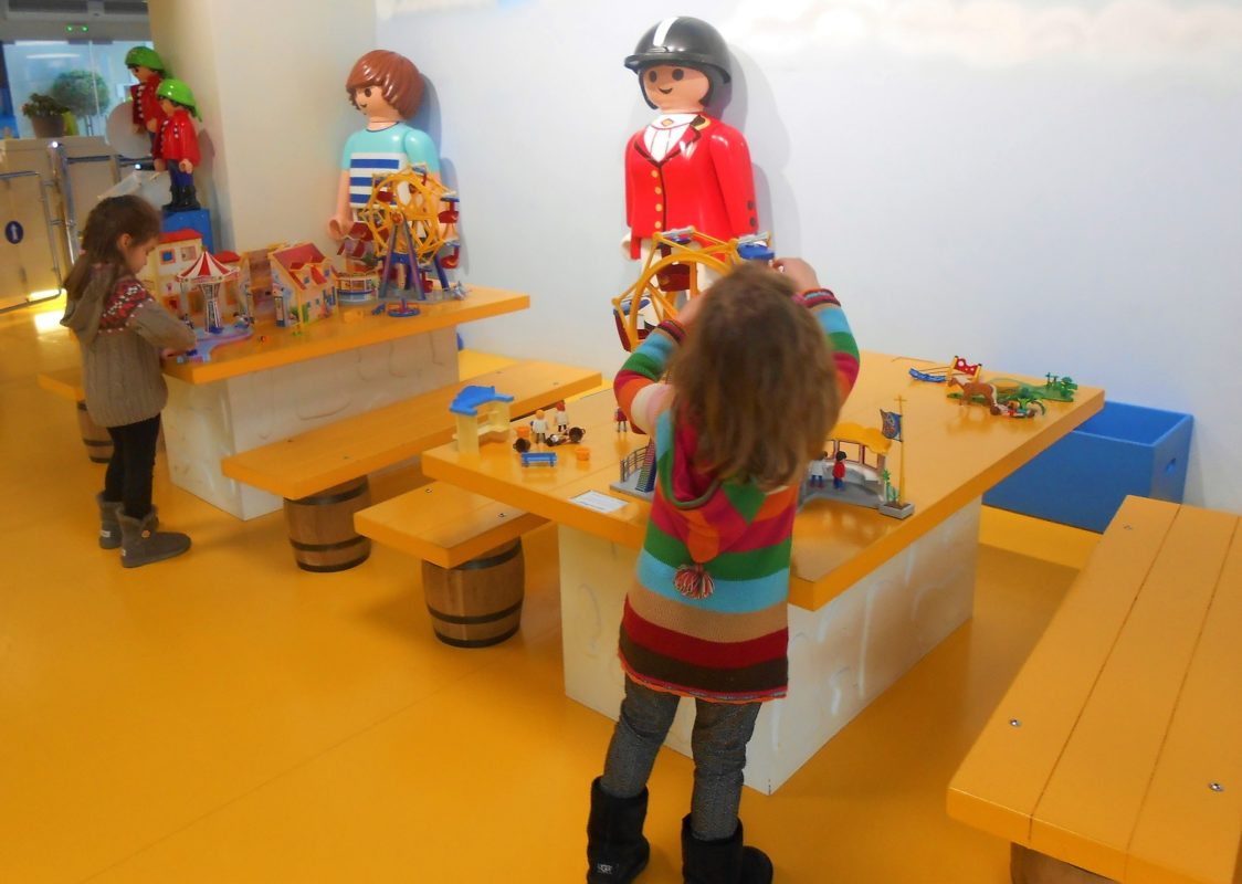 kids where to go athens playmobil