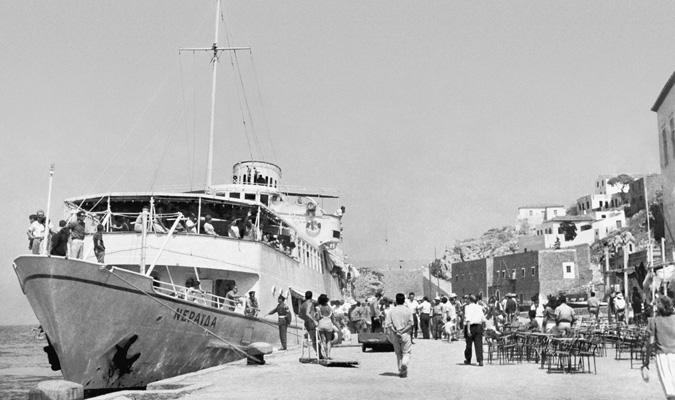 kids Greece athens faliro marina flisvos