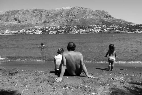 kids Greece father and daughters