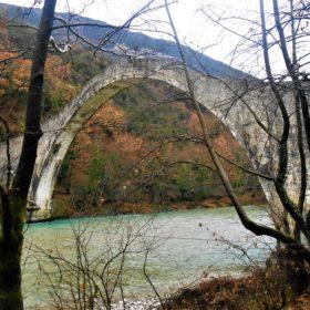 kids Greece tzoumerka plaka bridge