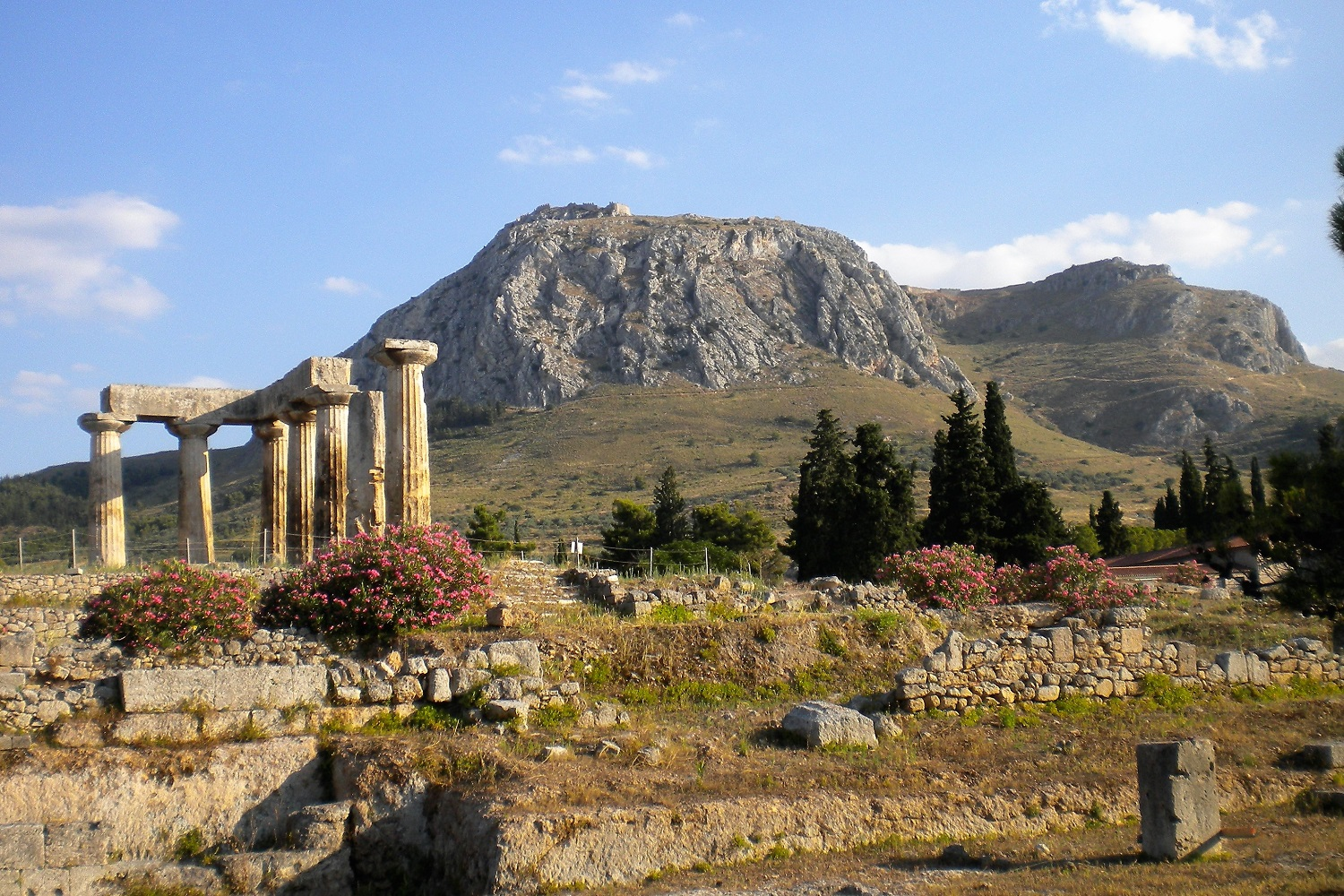 corinth ancient archaeological site