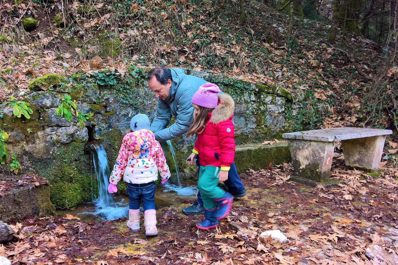 menalon trail father kids fountain