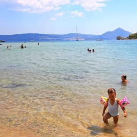 stomio beach messinia sfaktiria