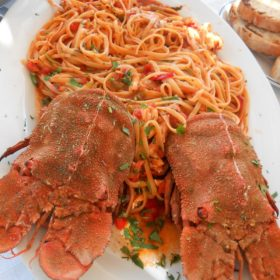 kolohtypa spaggetti with lobster Greece