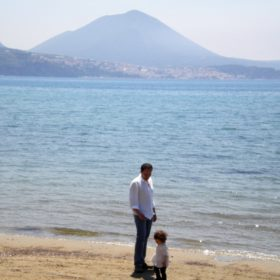 gialova beach father daughter
