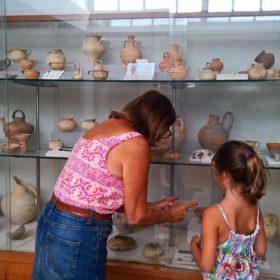 hora museum family guide messinia