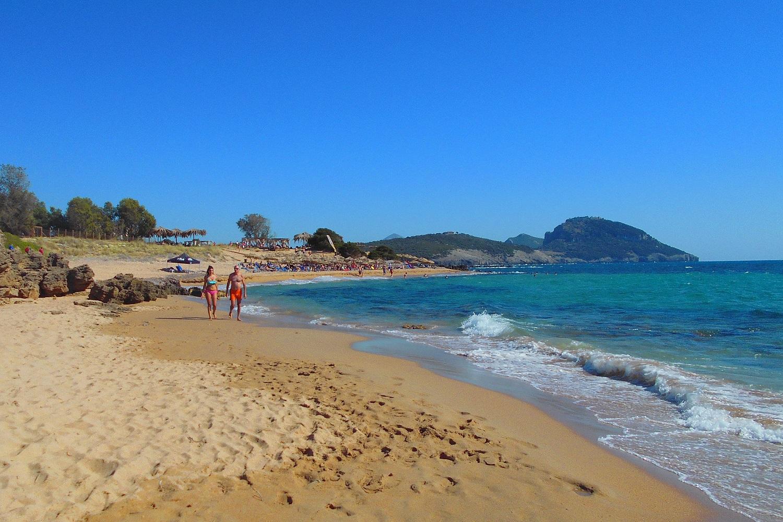 petrohori beach messinia kids