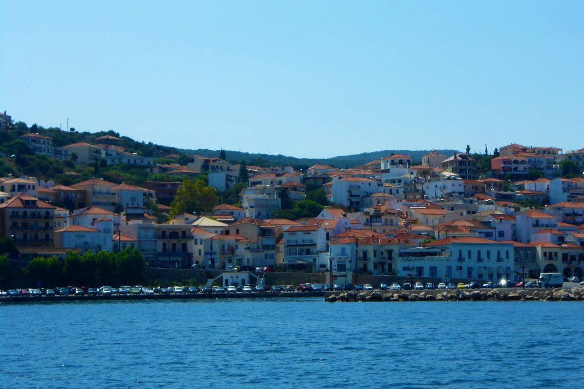 pylos messinia