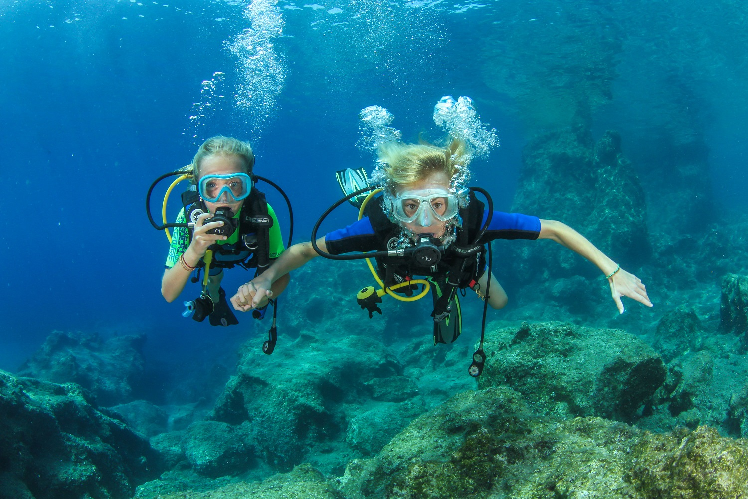 scuba diving kids family Crete