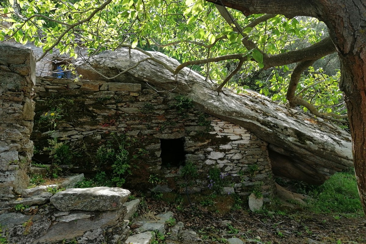 ikarian traditional house greece