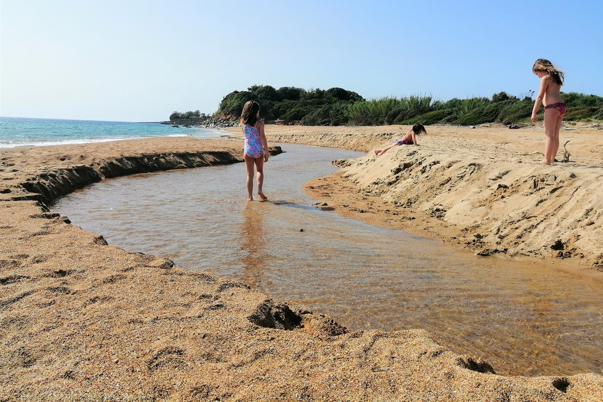 mati beach messinia kids peloponnese