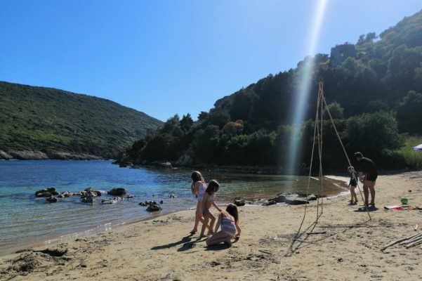 divari beach messinia pylos kids