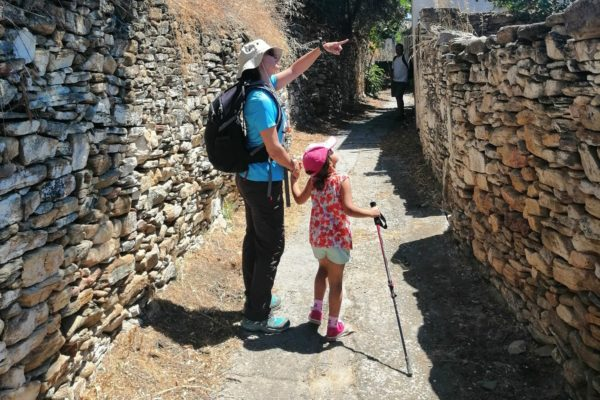 hiking guide kids naxos