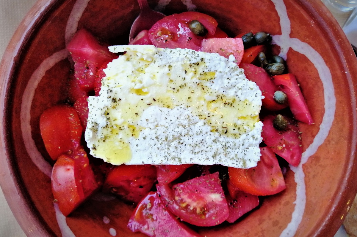 greek salad naxos feta