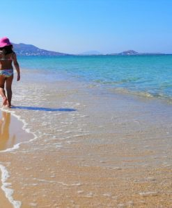 plaka naxos kids blue waters