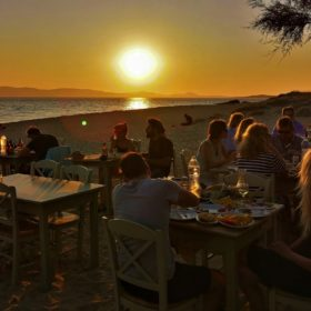 paradiso tavern by the beach naxos