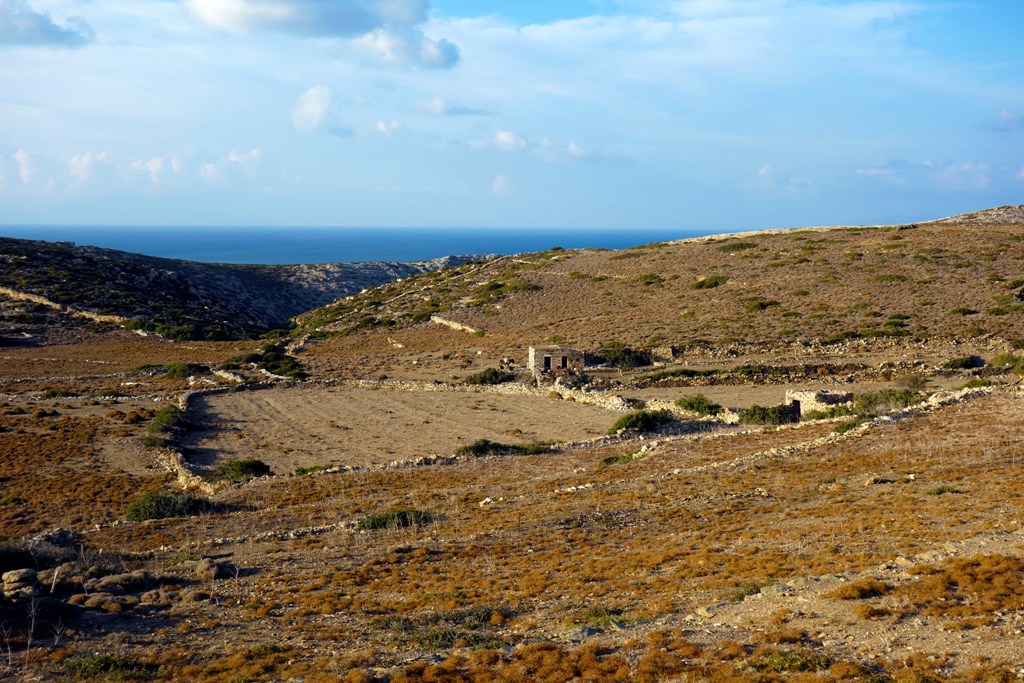 katapola amorgos greek islands