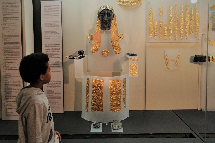 delphi museum kids tour