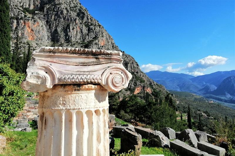 delphi with kids tour
