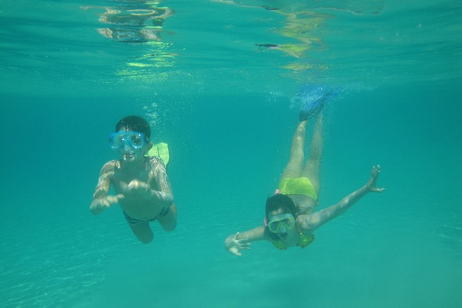 snorkeling sea cruise Cyclades kids