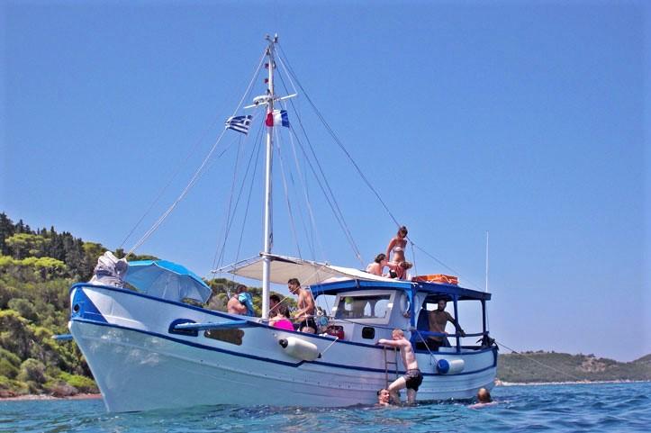 sea cruise corinthian gulf