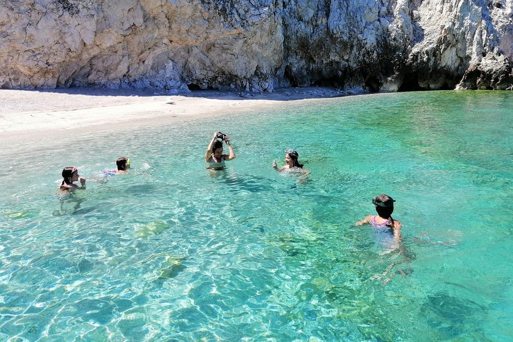 kids beach boat corinthia