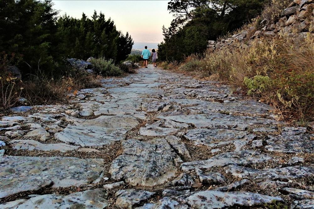 paros greek islands hiking