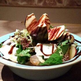 salad with figs Kalamata food tour